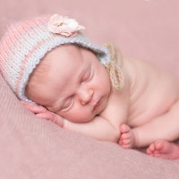newborn girl pink cincinnati newborn photographer 200x200 Newborns