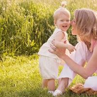 toddler mom cinicinnati family photographer 200x200 Children